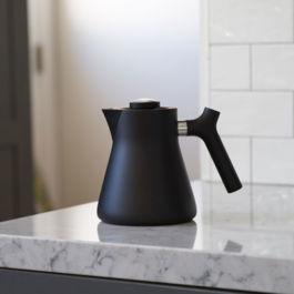 Fellow - Raven Stovetop Kettle + Tea Steeper (Black)