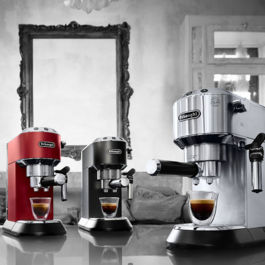 Delonghi Dedica Pump Espresso EC 685.BK