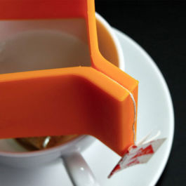 A-IDIO - Drip Coffee Bracket